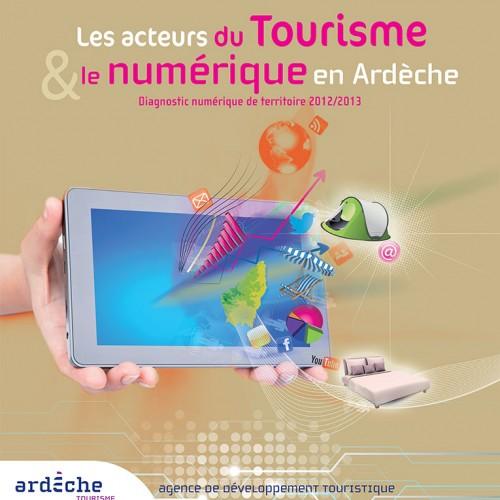 Plaquette pour le tourisme en Ardèche